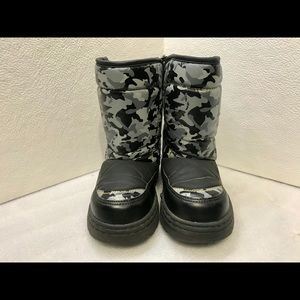 Thermalite Snow Boots boys size 9/10